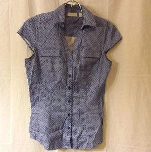 New York & Company sleeveless button down shirt